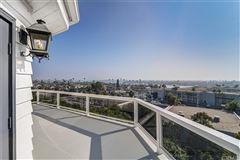 Panoramic bay and ocean views luxury properties