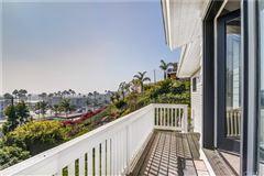 Mansions in Panoramic bay and ocean views