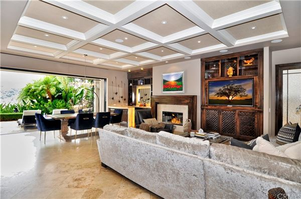 Luxury homes spectacularly REMODELED property in exclusive Canyon View Estates