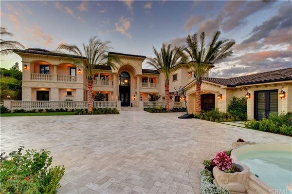 Spectacular Mediterranean Estate luxury homes