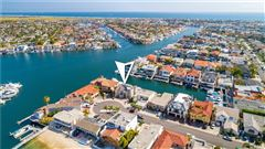 Luxury real estate Magnificent waterfront estate