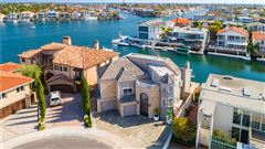 Magnificent waterfront estate luxury real estate