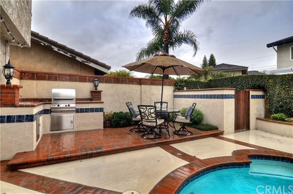 magnificent Stratford Pool Home luxury real estate