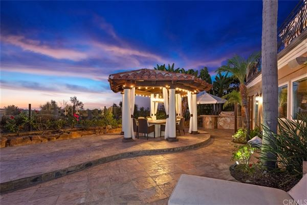 Mansions gorgeous home in gated Pelican Ridge Estates