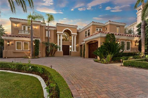gorgeous home in gated Pelican Ridge Estates luxury properties