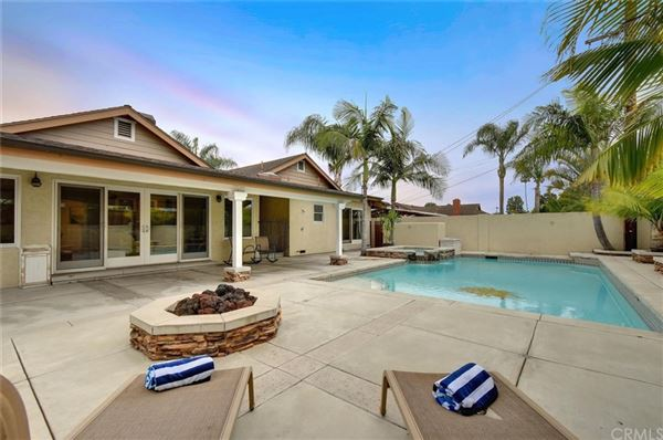 Rossmoor Highlands pool and spa home luxury real estate