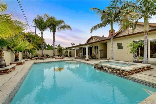 Luxury properties Rossmoor Highlands pool and spa home