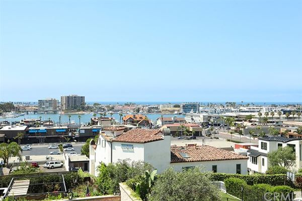 Luxury real estate unprecedented NEWPORT HEIGHTS home