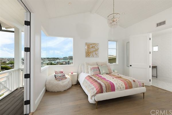Mansions in unprecedented NEWPORT HEIGHTS home