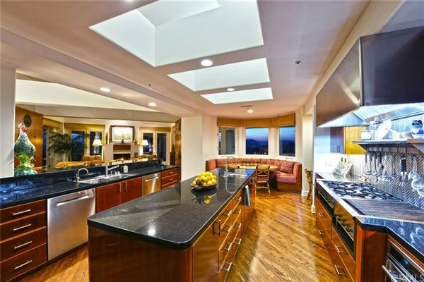 Luxury homes private luxury property