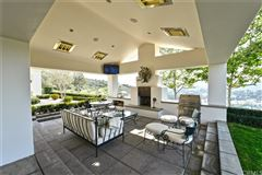 Luxury homes in private luxury property