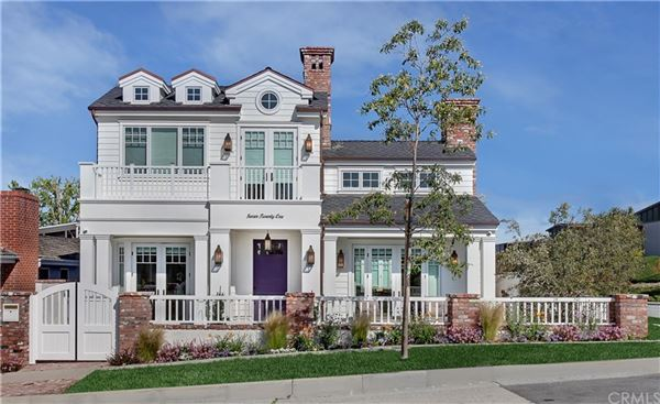 Luxury homes in signature residence on a corner lot