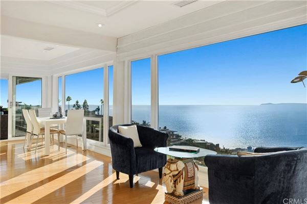 spellbinding property with exceptional ocean views luxury homes