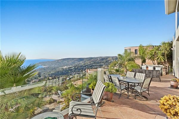 spellbinding property with exceptional ocean views luxury real estate