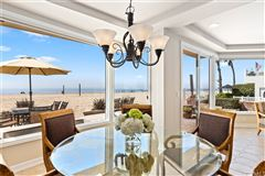 spacious and bright beachside residence luxury properties