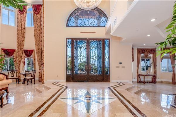 Luxury homes Breathtaking& Beautiful!