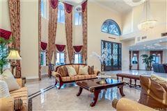 Breathtaking& Beautiful! mansions