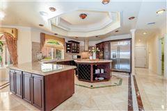 Luxury homes in Breathtaking& Beautiful!