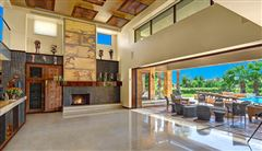 Mansions in Extraordinary custom retreat with mountain views