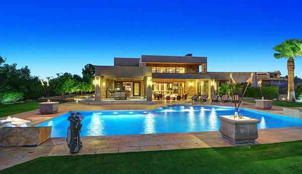 Luxury properties Extraordinary custom retreat with mountain views