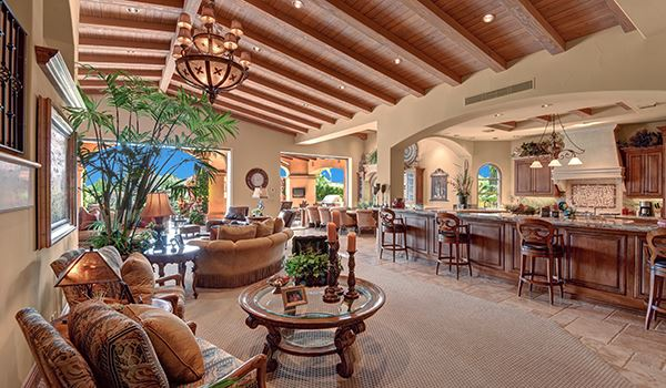 Luxury homes open-concept home in incredible location