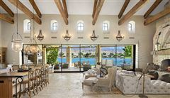 Mansions in gorgeous lakefront home in ShadowLake Estates