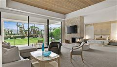 Luxury real estate incredible views at fabulous Tamarisk CC