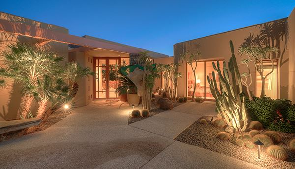 Mansions Contemporary home in indian wells