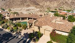 Mansions in luxury desert escape