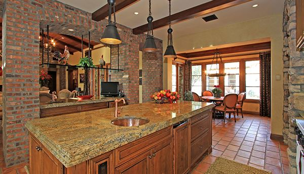 Luxury properties South facing Tuscan estate with exquisite finishes