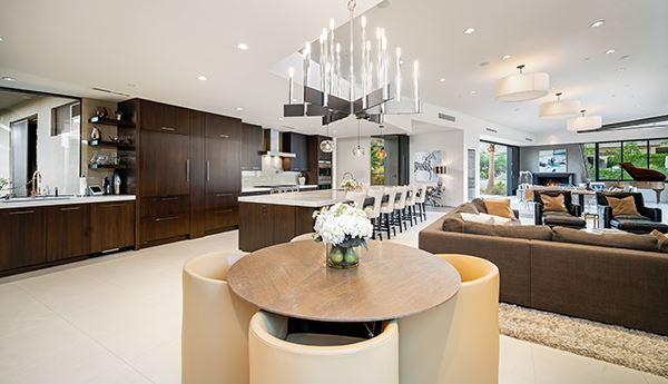 Mansions in prestigious Mirada Estates development