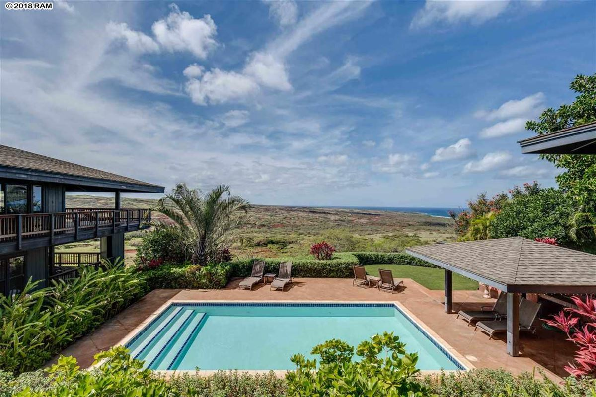 Luxury homes in nestled in the natural beauty of true Hawaii