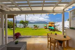 Luxury homes Experience magical skies over Mokoli'i