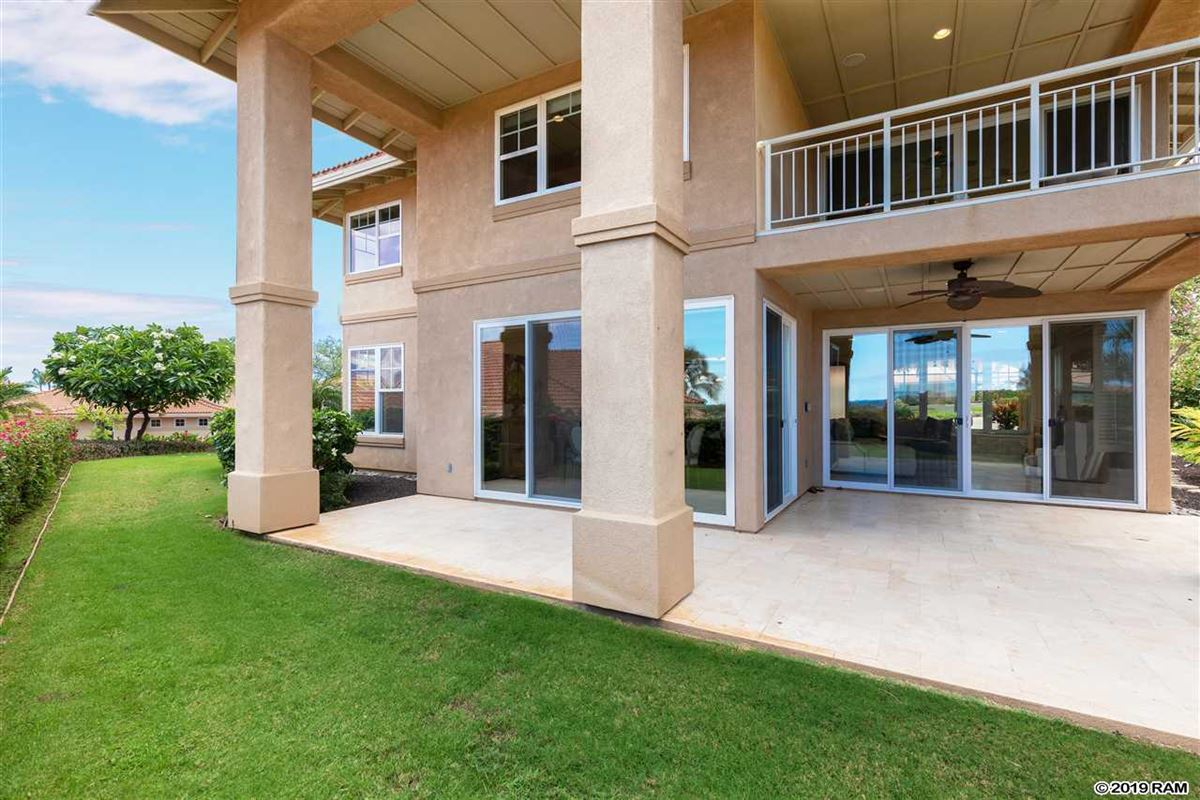 Luxury homes two-story home at Hokulani with big views