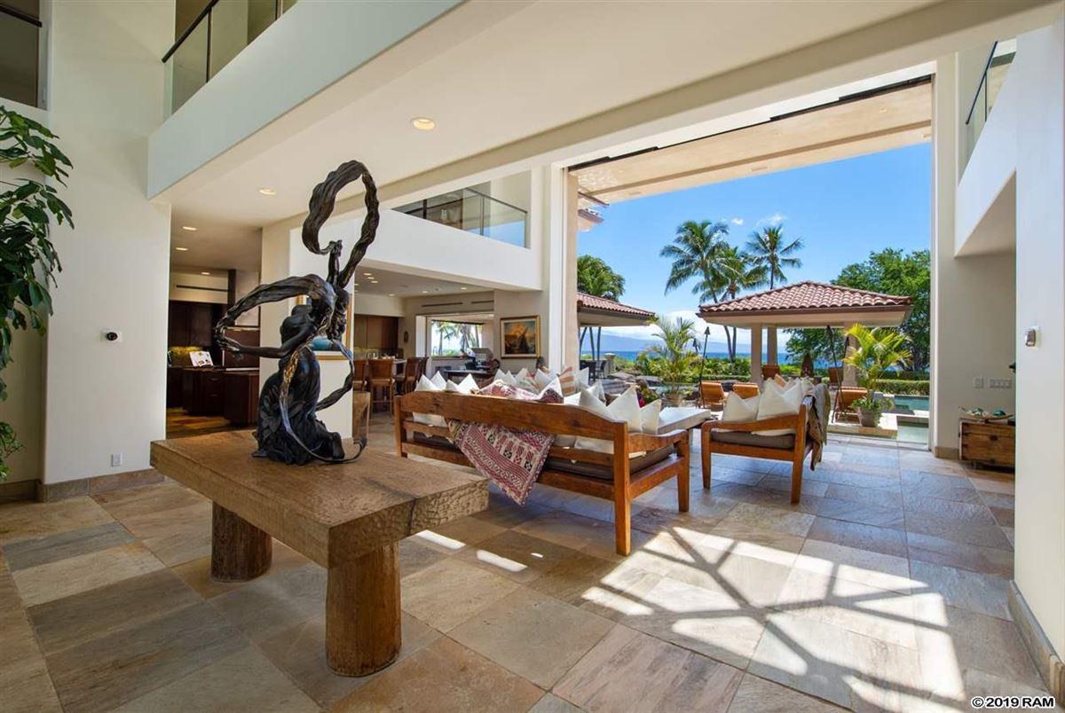 Kaanapali Beachfront Masterpiece luxury homes