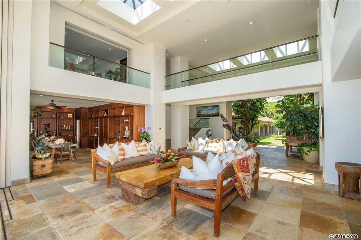 Luxury real estate Kaanapali Beachfront Masterpiece