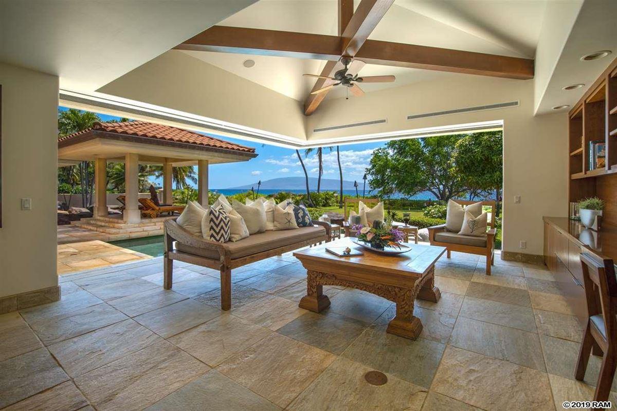 Luxury homes in Kaanapali Beachfront Masterpiece