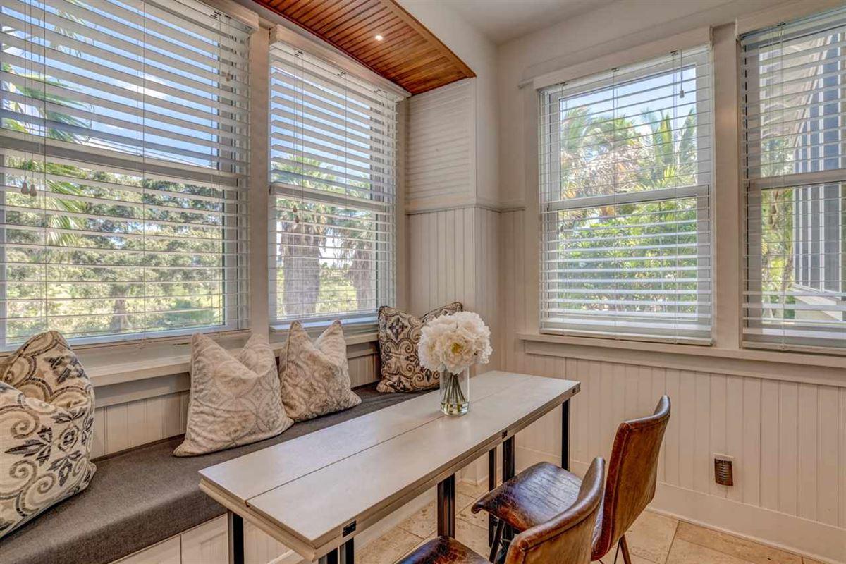 Luxury properties California Craftsman on Maui