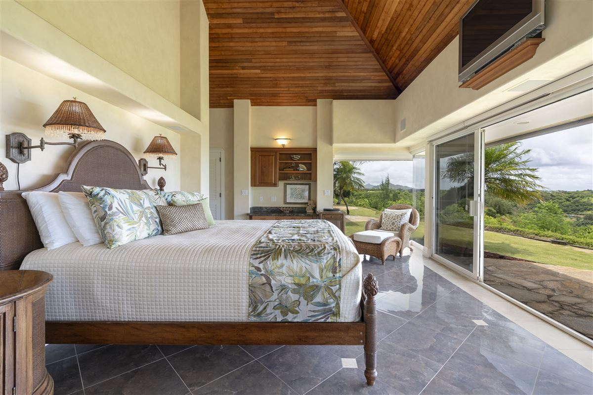 Mansions Spectacular view estate in Lihue