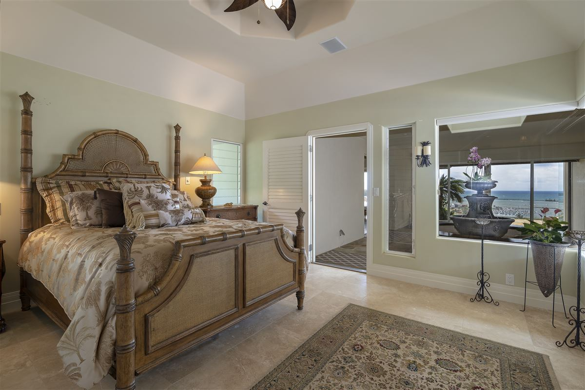 Luxury homes in Spectacular view estate in Lihue