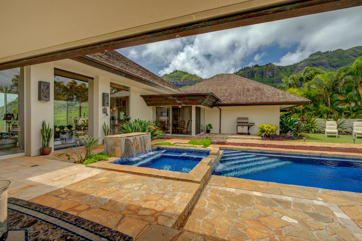 Luxury homes Spectacular view estate in Lihue