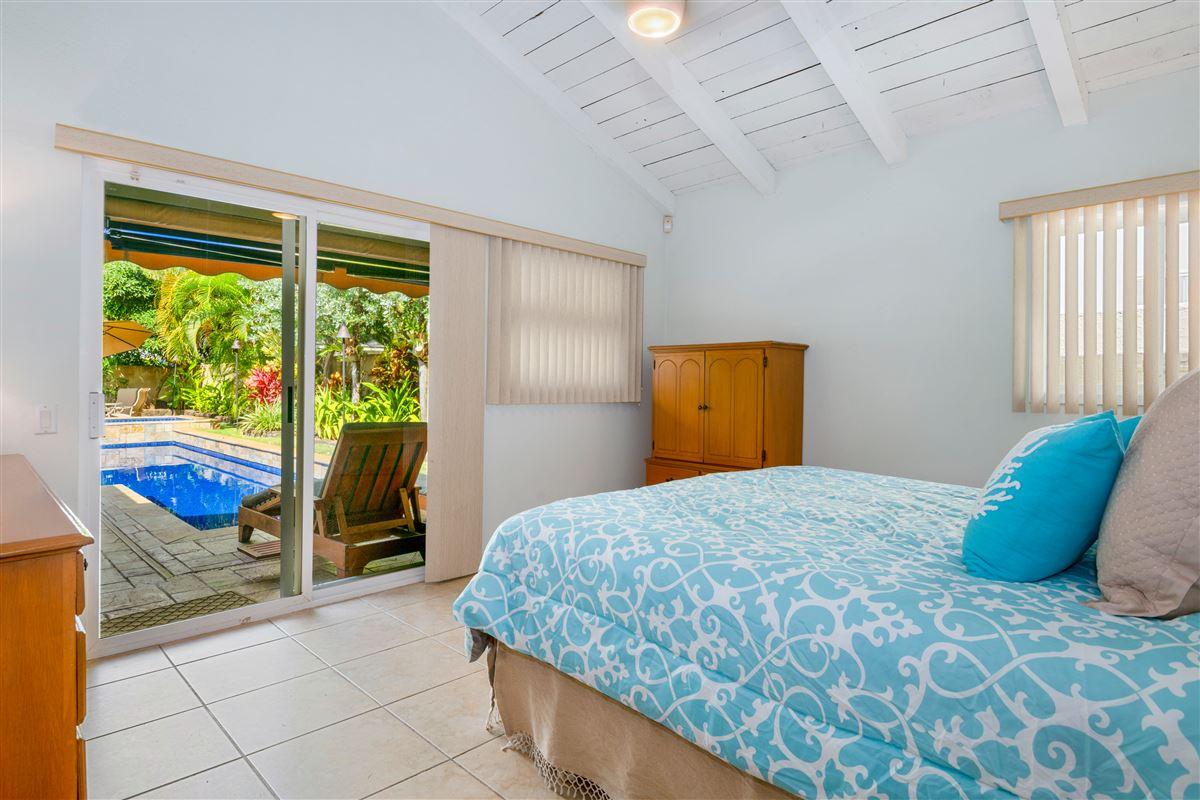 Luxury homes Gorgeous Kaimalino single-level property