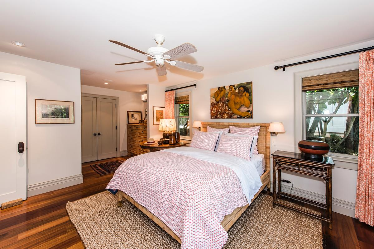 Luxury homes beachfront diamond head retreat