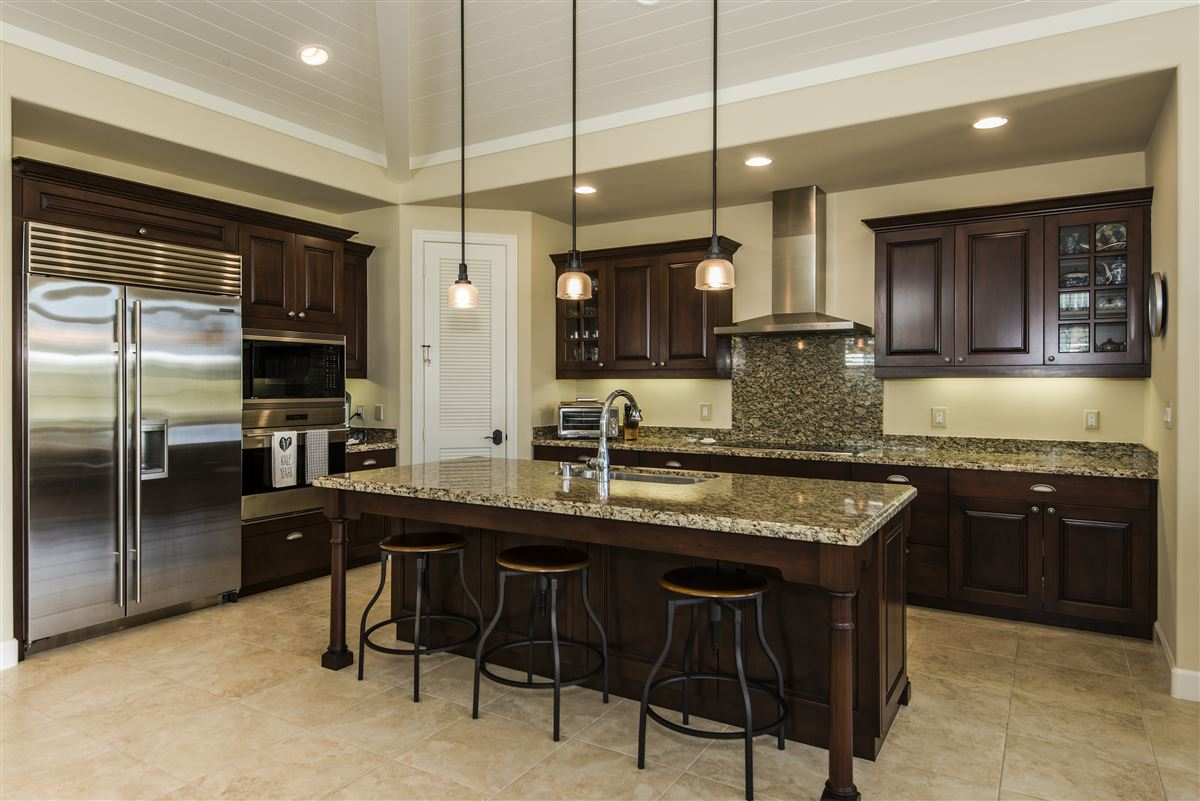 Luxury homes exceptional single-level golf course home