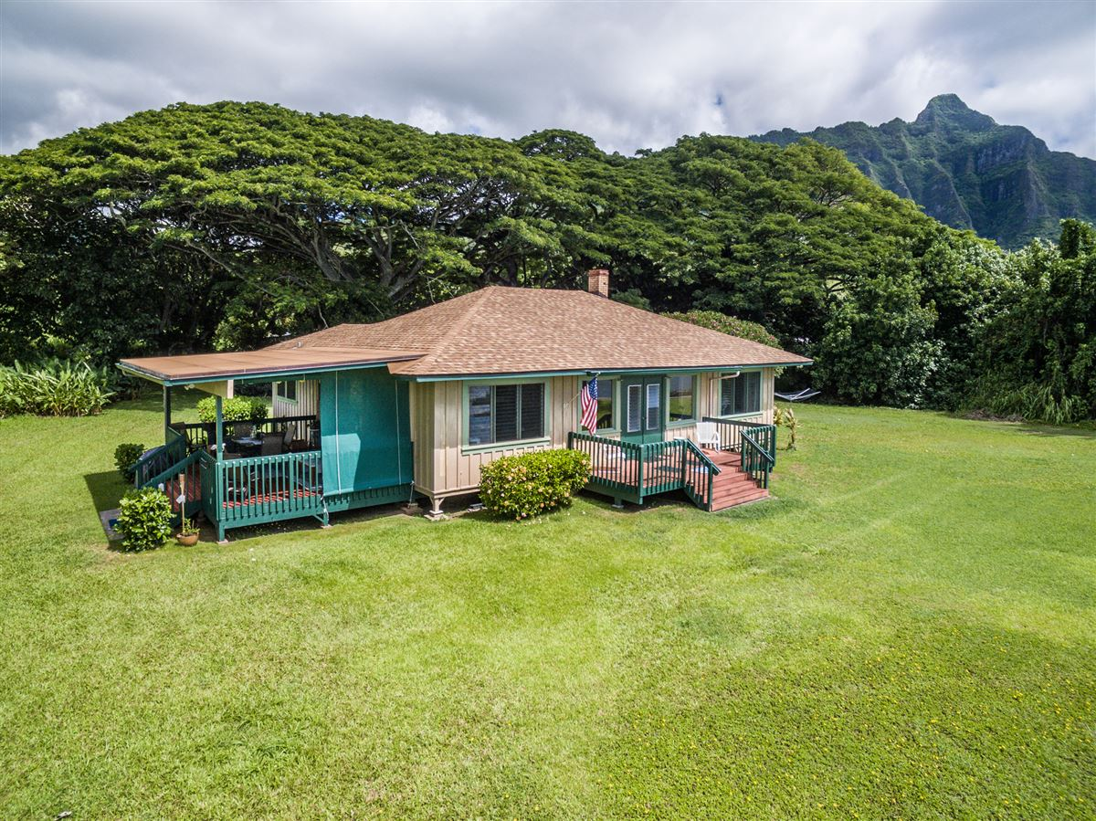 Luxury real estate oceanfront property reminiscent of Old Hawaii
