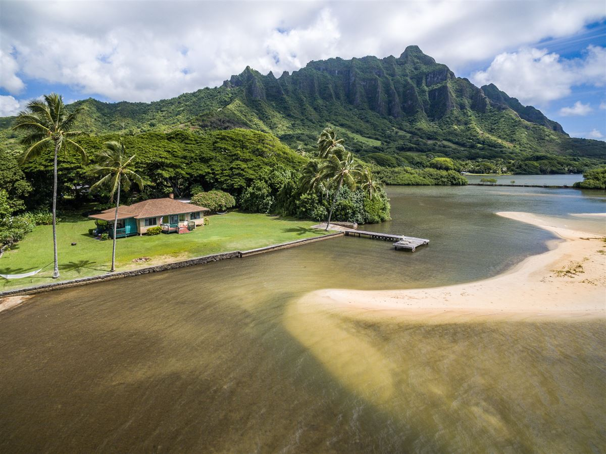 oceanfront property reminiscent of Old Hawaii  luxury real estate