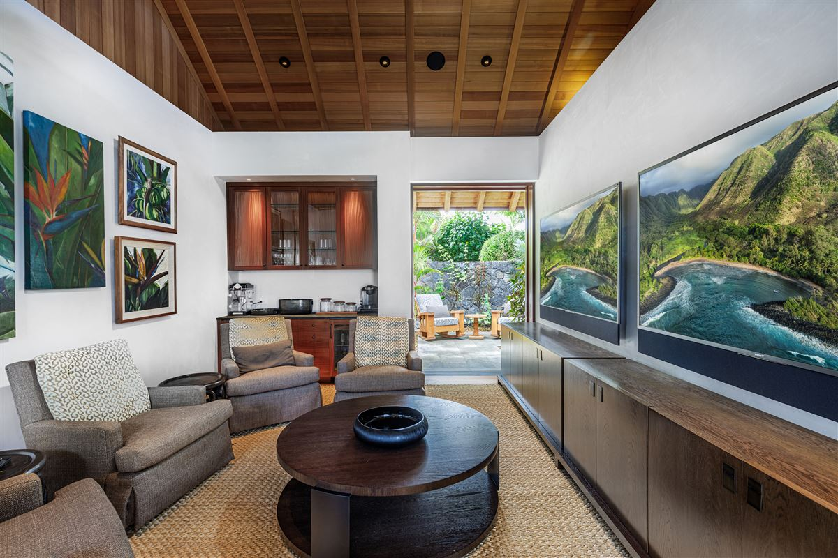 Mansions ultimate luxury living on the Big Island of Hawaii