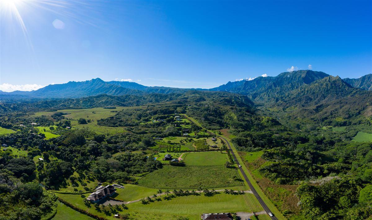 five Acres on Lush Island of Kauai mansions