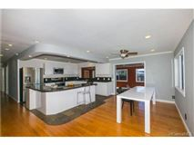 Great family home in Haleiwa mansions