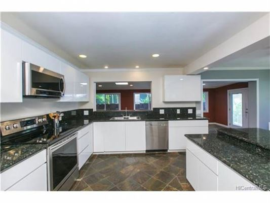 Great family home in Haleiwa luxury homes